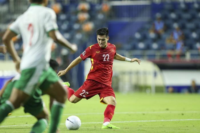 Đây là cầu thủ được tìm kiếm nhiều nhất trong đêm Việt Nam 'hạ gục' Indonesia với chiến thắng 4-0 Ảnh 5