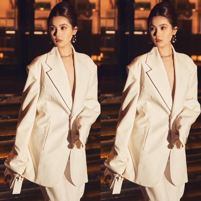 'Nữ hoàng nội y' Ngọc Trinh có sở thích thời trang kì lạ, fan ngã ngửa nhưng vẫn gật gù quá đẹp Ảnh 10