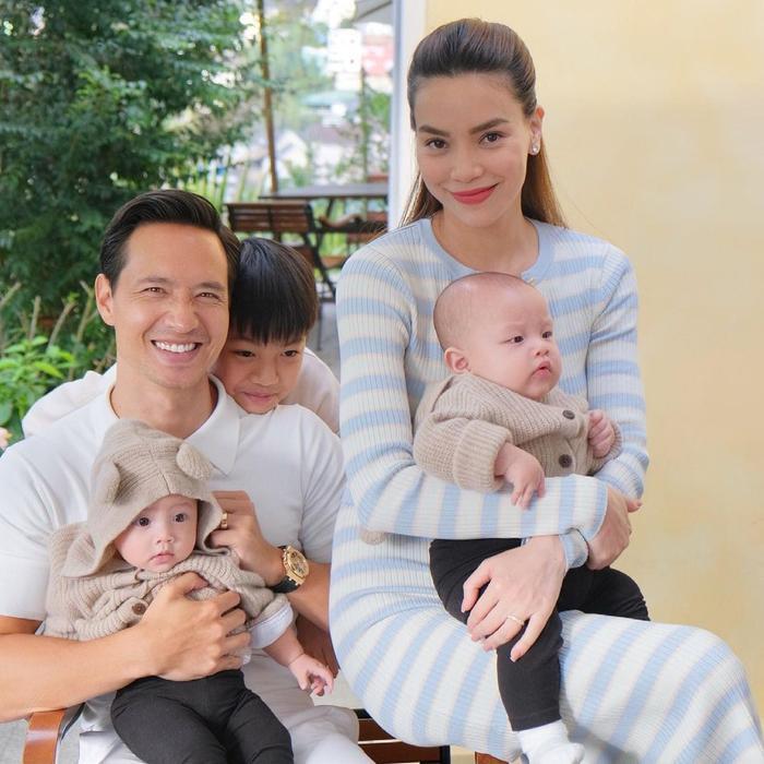Sau đám tang của Hoa hậu Thu Thủy, Hà Hồ ám ảnh 'không ngủ được' vì sự ra đi của người mẹ để con bơ vơ Ảnh 3
