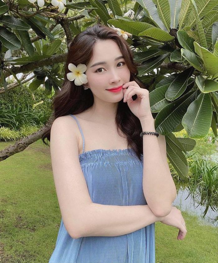 Tăng Thanh Hà & Hoa hậu Thu Thảo dù lấy chồng siêu giàu vẫn thường xuyên mặc lại đồ cũ Ảnh 11
