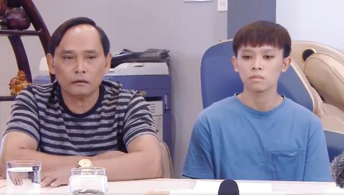 Bố mẹ Hồ Văn Cường nói về ồn ào của con trai với Phi Nhung, chia sẻ sự thật về gia đình nữ ca sĩ Ảnh 2