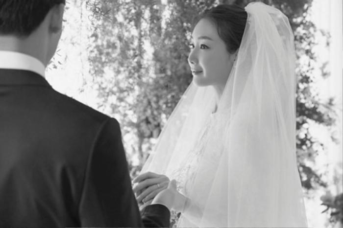 Chồng Choi Ji Woo tố ngoại tình, lộ ảnh dẫn gái vào khách sạn! Ảnh 4
