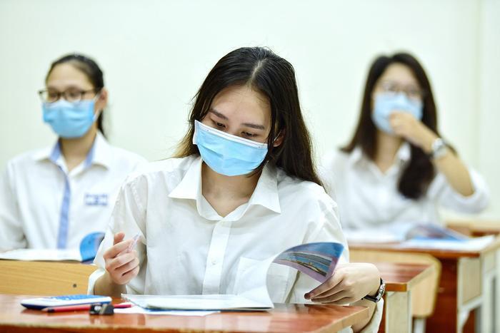 Thi vào lớp 10 ở Hà Nội: Thí sinh phải chịu hoàn toàn trách nhiệm nếu không hoàn thành khai báo y tế Ảnh 1