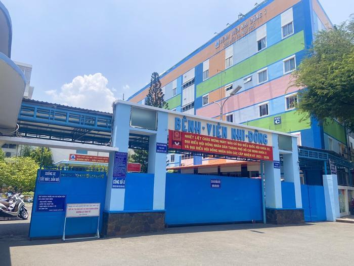 Một điều dưỡng khoa Sơ sinh của Bệnh viện Nhi đồng 1 dương tính với COVID-19 Ảnh 1