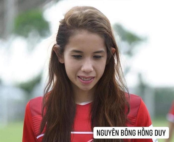 Đội tuyển bóng đá Việt Nam bỗng hóa nữ tính: Duy Mạnh tóc mái up, HLV Park mới là điều gây bất ngờ Ảnh 9