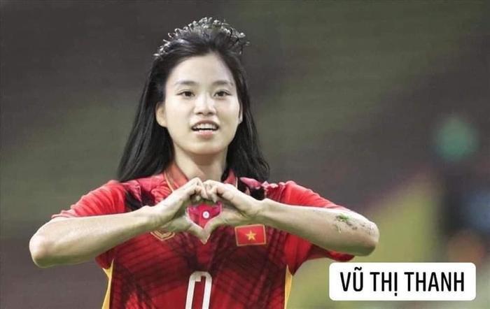 Đội tuyển bóng đá Việt Nam bỗng hóa nữ tính: Duy Mạnh tóc mái up, HLV Park mới là điều gây bất ngờ Ảnh 10