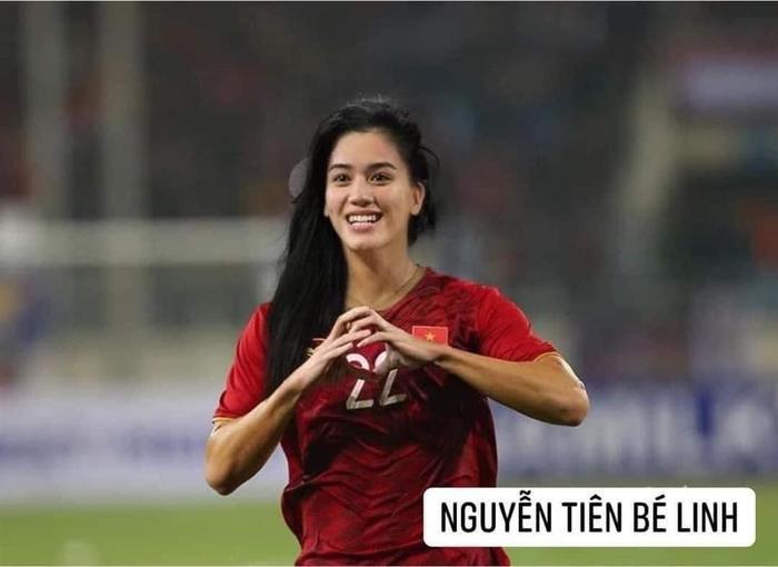 Đội tuyển bóng đá Việt Nam bỗng hóa nữ tính: Duy Mạnh tóc mái up, HLV Park mới là điều gây bất ngờ Ảnh 4