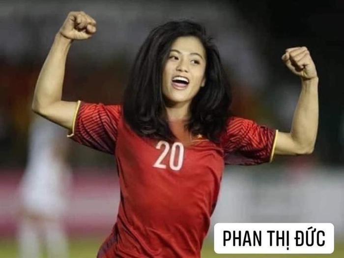 Đội tuyển bóng đá Việt Nam bỗng hóa nữ tính: Duy Mạnh tóc mái up, HLV Park mới là điều gây bất ngờ Ảnh 6