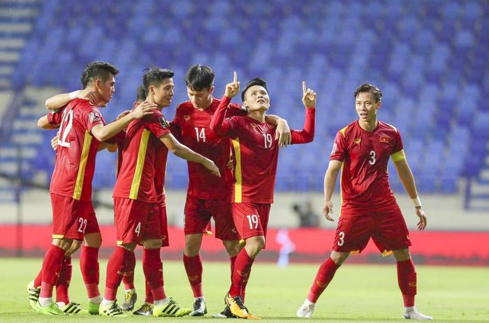 Đội tuyển Việt Nam 'càn quét' Top Trending YouTube, người hâm mộ phấn khích đợi trận đấu với Malaysia Ảnh 1