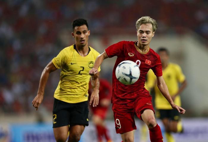 Việt Nam thắng Malaysia 2-1: Văn Hậu mắc sai lầm, Văn Toàn hóa người hùng! Ảnh 2