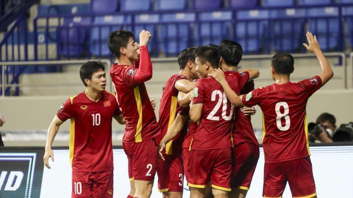 Sau hai chiến thắng, tuyển Việt Nam được thưởng nóng 5 tỷ đồng Ảnh 1