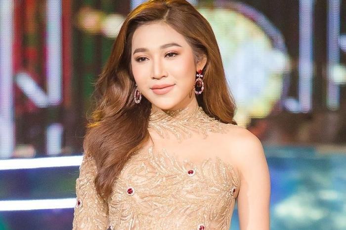 Cả gia đình khóc nghẹn, hơn 60.000 người dõi theo tang lễ Hoa hậu Chuyển giới Myanmar Ảnh 1