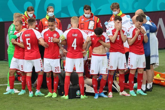 EURO 2020: Thiết bị giúp cứu sống Christian Eriksen trong khoảnh khắc cận kề 'cửa tử' Ảnh 4