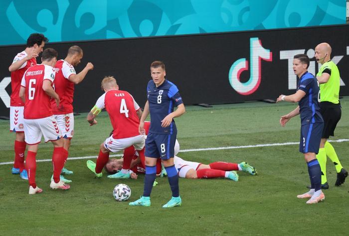 EURO 2020: Thiết bị giúp cứu sống Christian Eriksen trong khoảnh khắc cận kề 'cửa tử' Ảnh 2