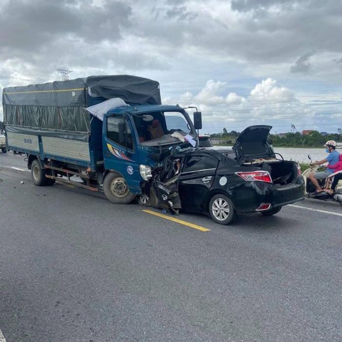 Vụ tai nạn làm 3 người tử vong ở Hưng Yên: Xe ô tô con Vios đã lấn làn Ảnh 1