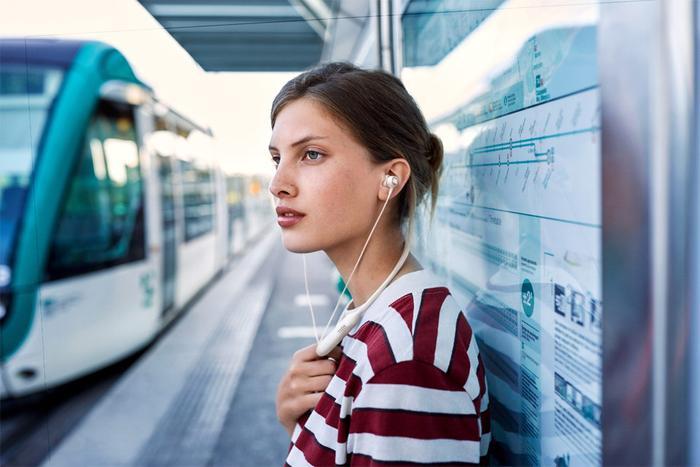 4 tính năng chú ý trên mẫu tai nghe JBL Live 220BT Ảnh 8