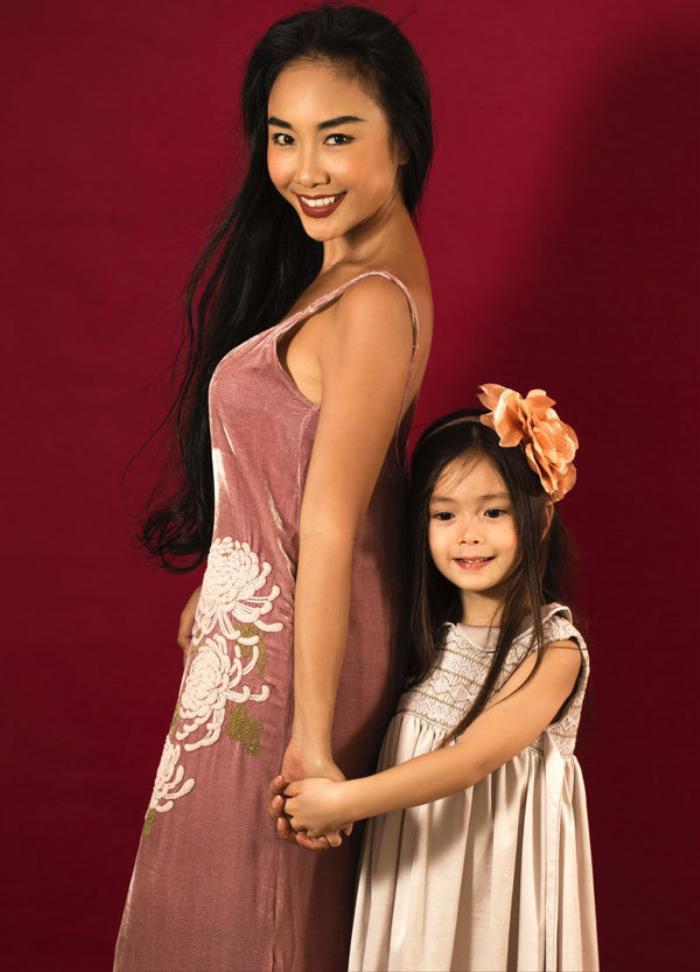 Mức học phí cao ngất ngưỡng tại ngôi trường ở Singapore của con gái ca sĩ Đoan Trang Ảnh 4