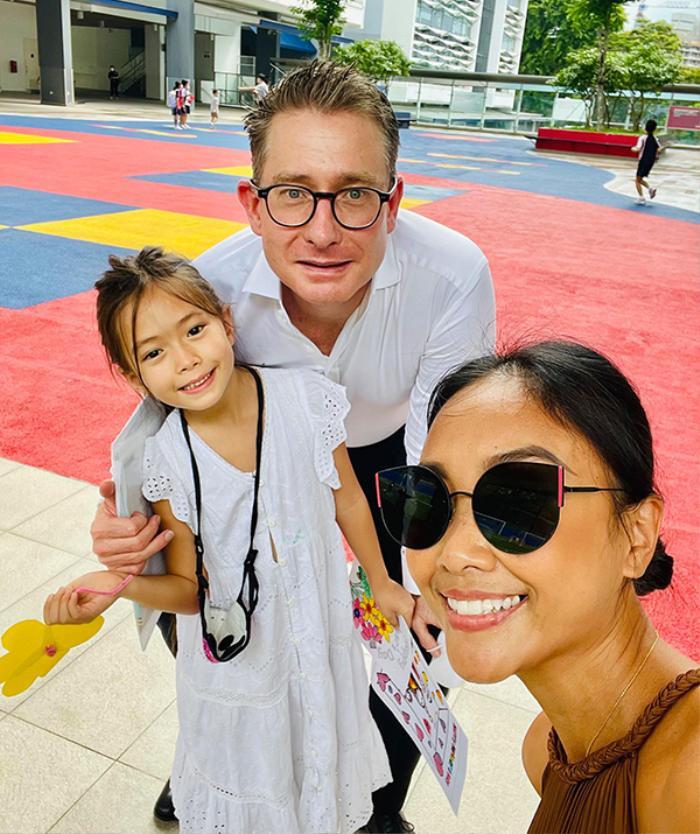 Mức học phí cao ngất ngưỡng tại ngôi trường ở Singapore của con gái ca sĩ Đoan Trang Ảnh 1