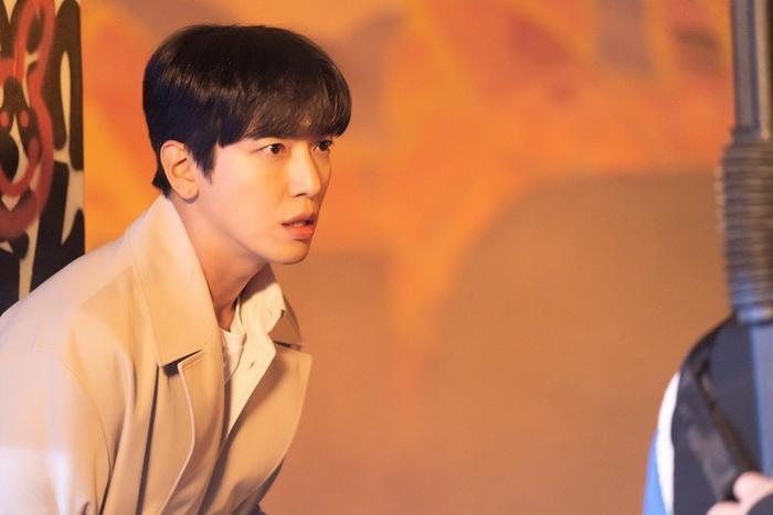 Trưởng nhóm CNBLUE: Được hợp tác với Jang Nara ở 'Bất động sản trừ tà' là giấc mơ có thật của tôi Ảnh 9