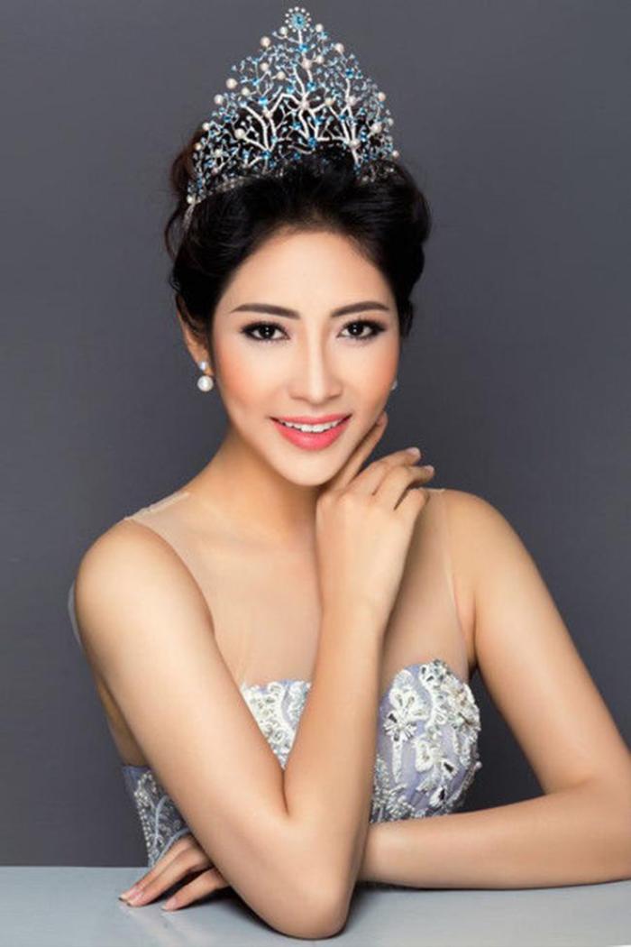 Hoa hậu Đại dương Đặng Thu Thảo khiến dân tình 'phát hoảng' với gương mặt mọc đầy mụn Ảnh 3