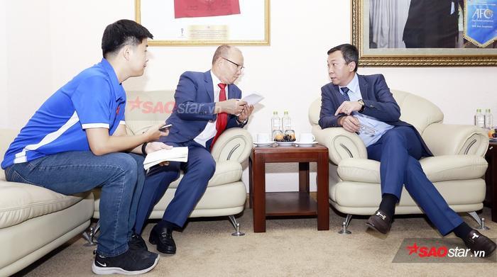 Vì sao VFF phải nhanh chóng đàm phán hợp đồng mới với HLV Park Hang Seo? Ảnh 1