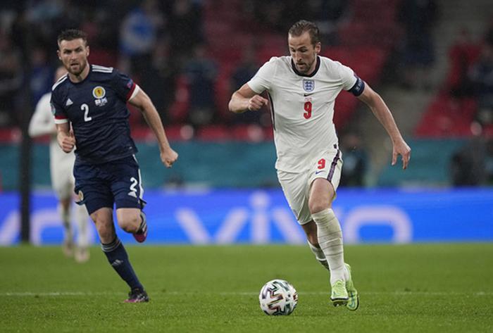 EURO 2020: Pháp, Anh chưa đá vẫn đi tiếp! Ảnh 1