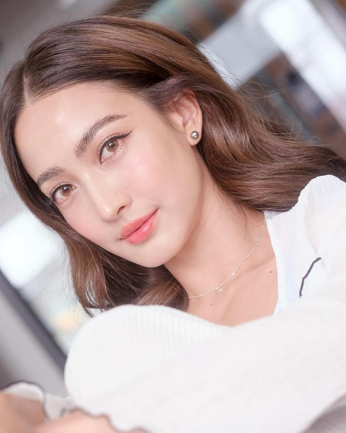 Nam thần Nadech Kugimiya tái hợp 'nữ hoàng thị phi' Taew Natapohn trong phim mới Ảnh 5