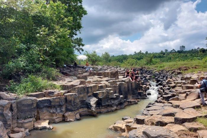 Chiêm ngưỡng suối đá cổ trên 100 triệu năm tuổi tại Gia Lai Ảnh 10