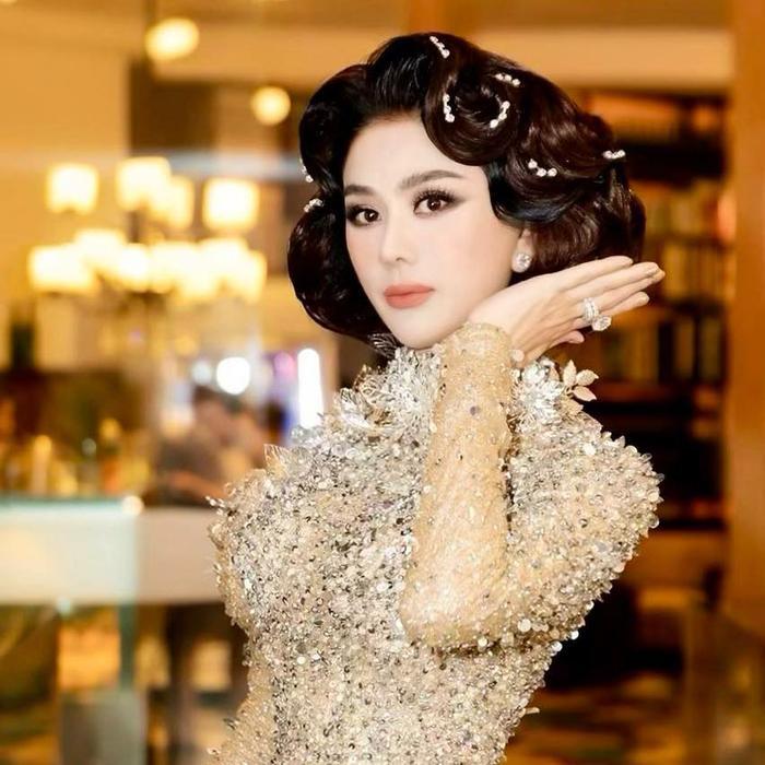 Lâm Khánh Chi gây choáng với tạo hình búp bê barbie, fan ruột cũng khó lòng nhận ra Ảnh 7