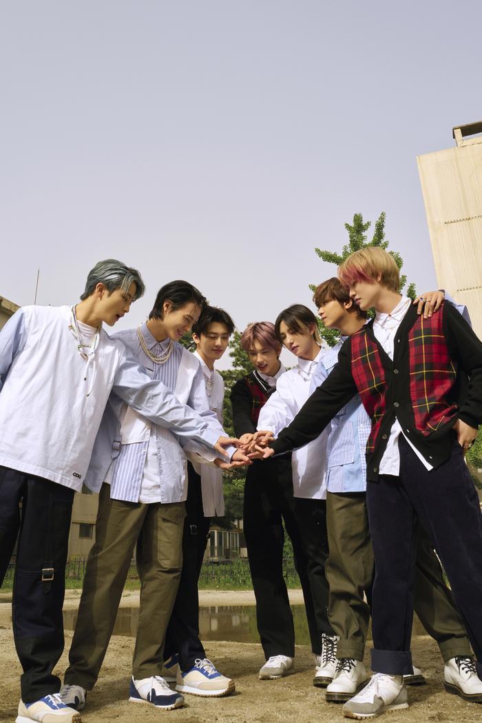 Sau album Hot Sauce triệu bản, NCT DREAM 'thừa thắng xông lên' tiếp tục comeback với Hello Future Ảnh 9