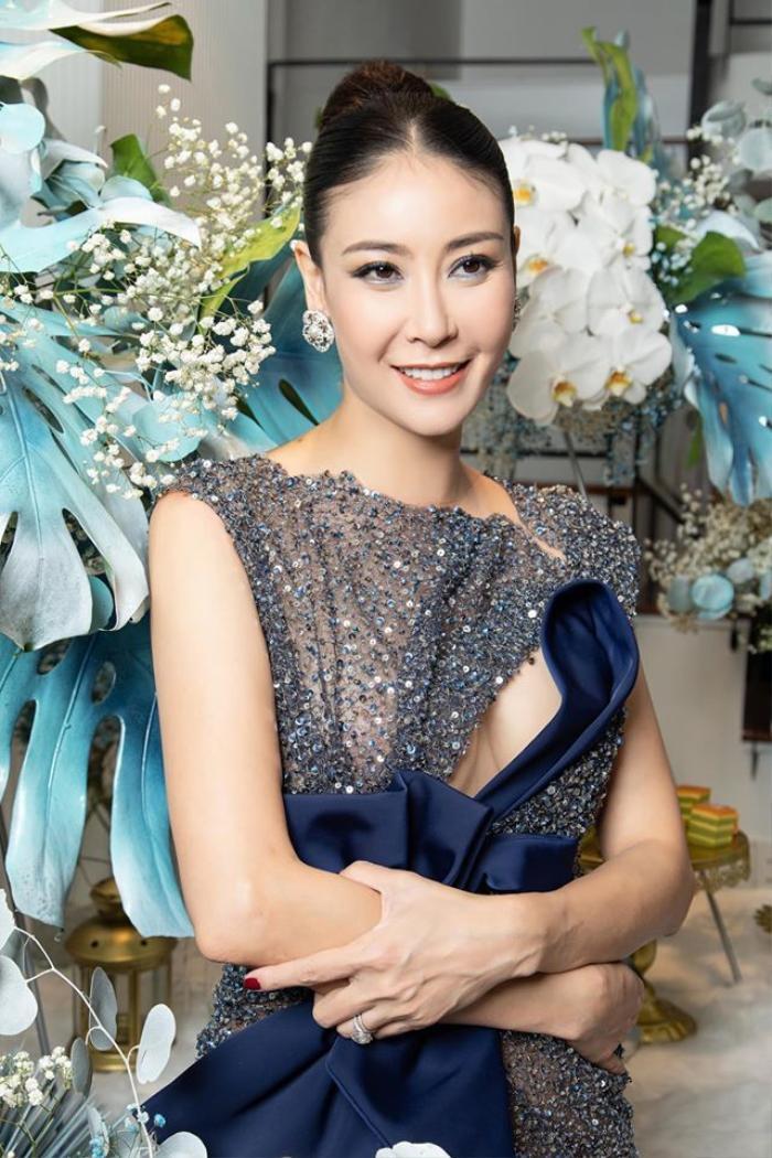 Hà Kiều Anh bị netizen 'đào' lại phát ngôn về gia đình và ca sĩ Hồng Nhung, giữa drama chưa có hồi kết Ảnh 2