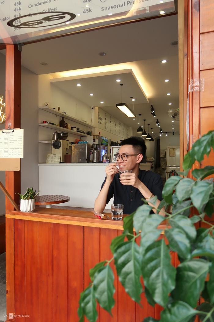 Tiệm cà phê kiêm giặt là Ảnh 9