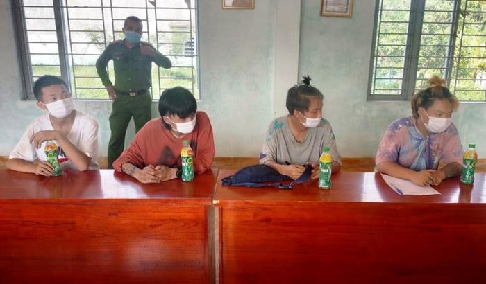 4 thanh niên Trung Quốc nhập cảnh trái phép bị người dân tố giác