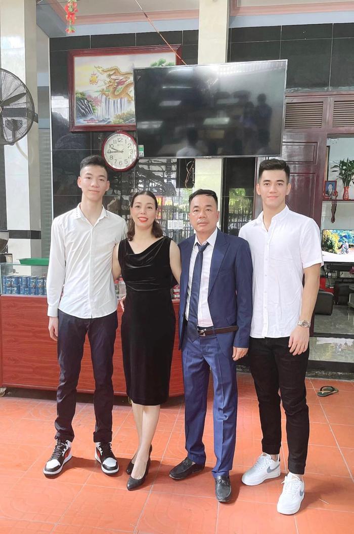 'Thả thính' bằng tiếng Việt không dấu, Tiến Linh bị Văn Thanh 'troll câu này' khiến ai cũng 'té ngửa'