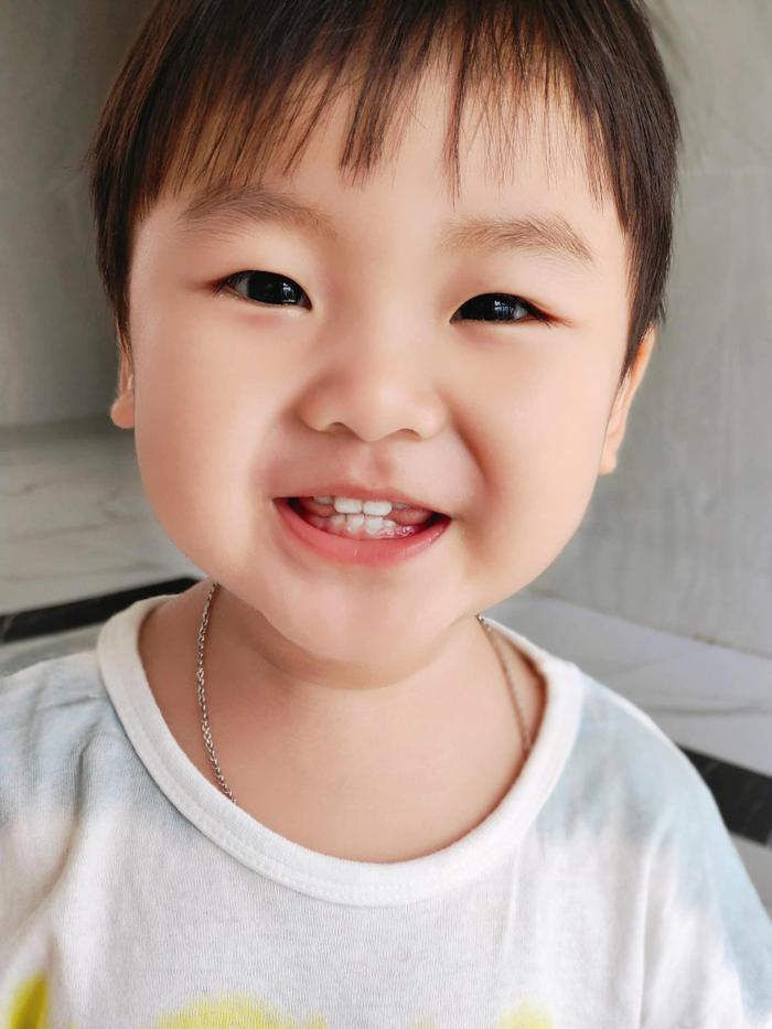 Hậu lo lắng việc đăng ảnh con trai, Hòa Minzy thẳng thừng tuyên bố điều này, mong khán giả đừng buồn Ảnh 2