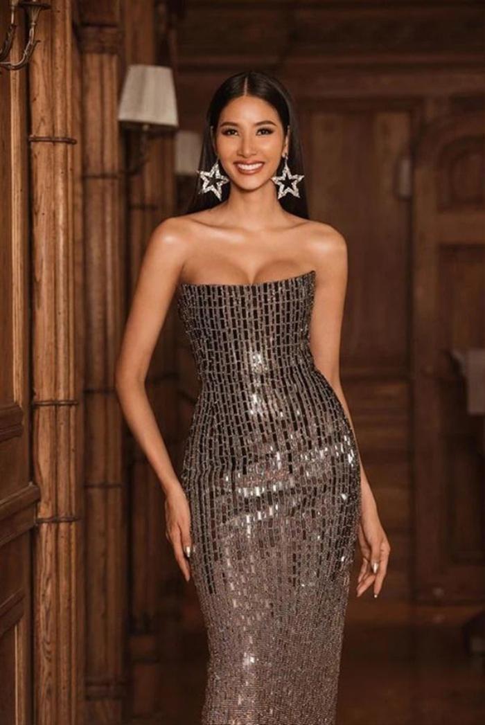 Bức ảnh Hoàng Thùy trong drama túi Chanel bị 'đào' lại, fan bóc cả bằng chứng nâng ngực Ảnh 5