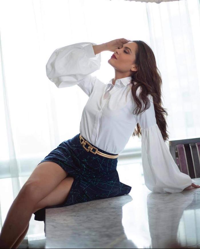 Tân Miss Universe ngày càng nhuận sắc, fan chỉ ra 'lỗi tày trời' dìm hàng cô đêm chung kết MU Ảnh 5