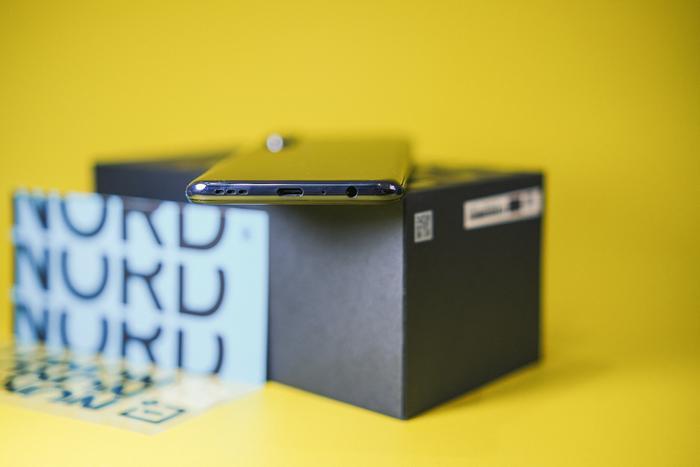 Mở hộp OnePlus Nord CE 5G: Smartphone giá mềm với kết nối 5G, sạc nhanh 30W Ảnh 6
