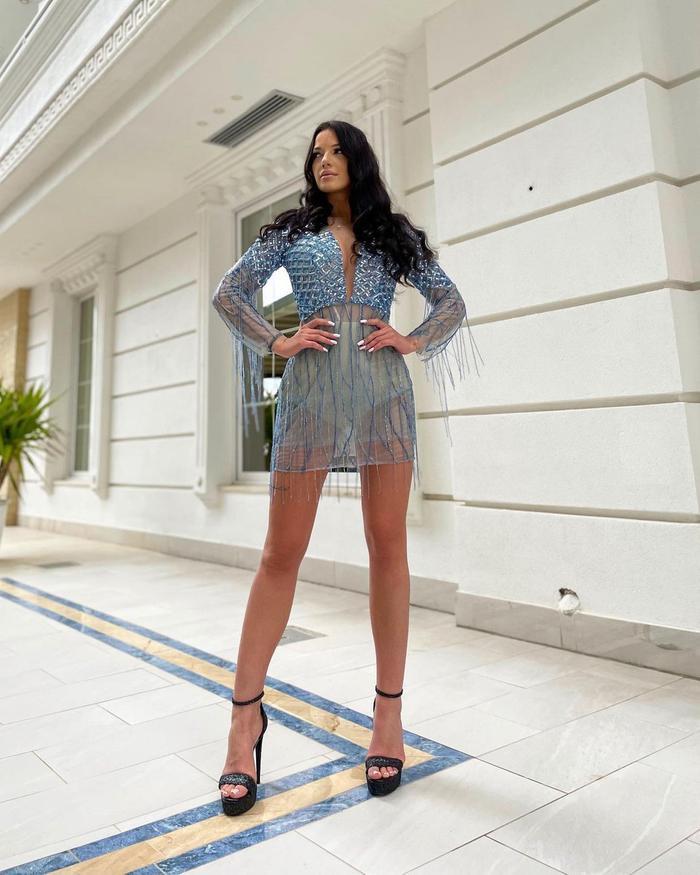 Đại diện Albania tại Miss World gây chú ý cùng hình xăm cá tính: Đỗ Hà vẫn ngọt ngào với sức hút riêng