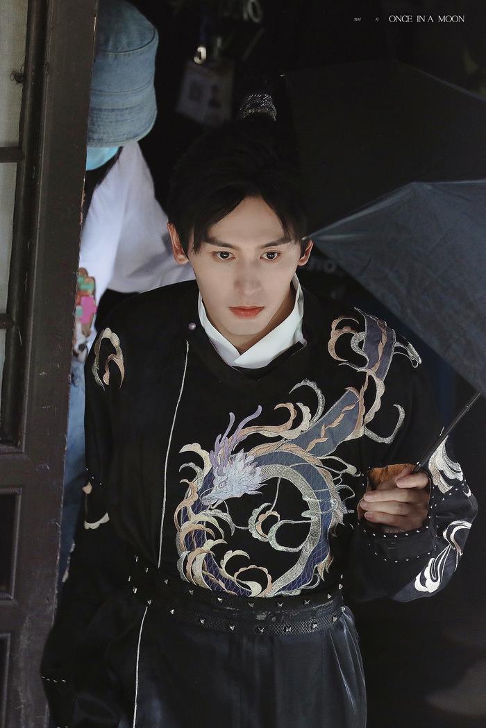 Thực hư chuyện Trương Triết Hạn bị ốm nặng, được xe cứu thương đưa đi gấp lúc ghi hình khiến fan lo lắng Ảnh 5