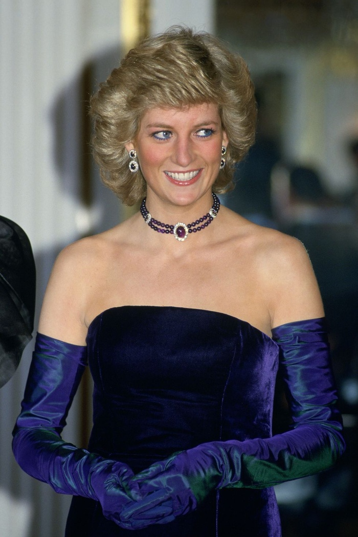Bí ẩn tủ đồ Hoàng gia: Lóa mắt với loạt trang sức thạch anh tím của phụ nữ hoàng gia Anh Ảnh 3