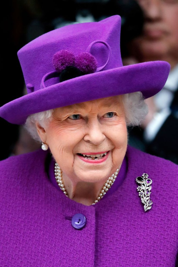 Bí ẩn tủ đồ Hoàng gia: Lóa mắt với loạt trang sức thạch anh tím của phụ nữ hoàng gia Anh Ảnh 13