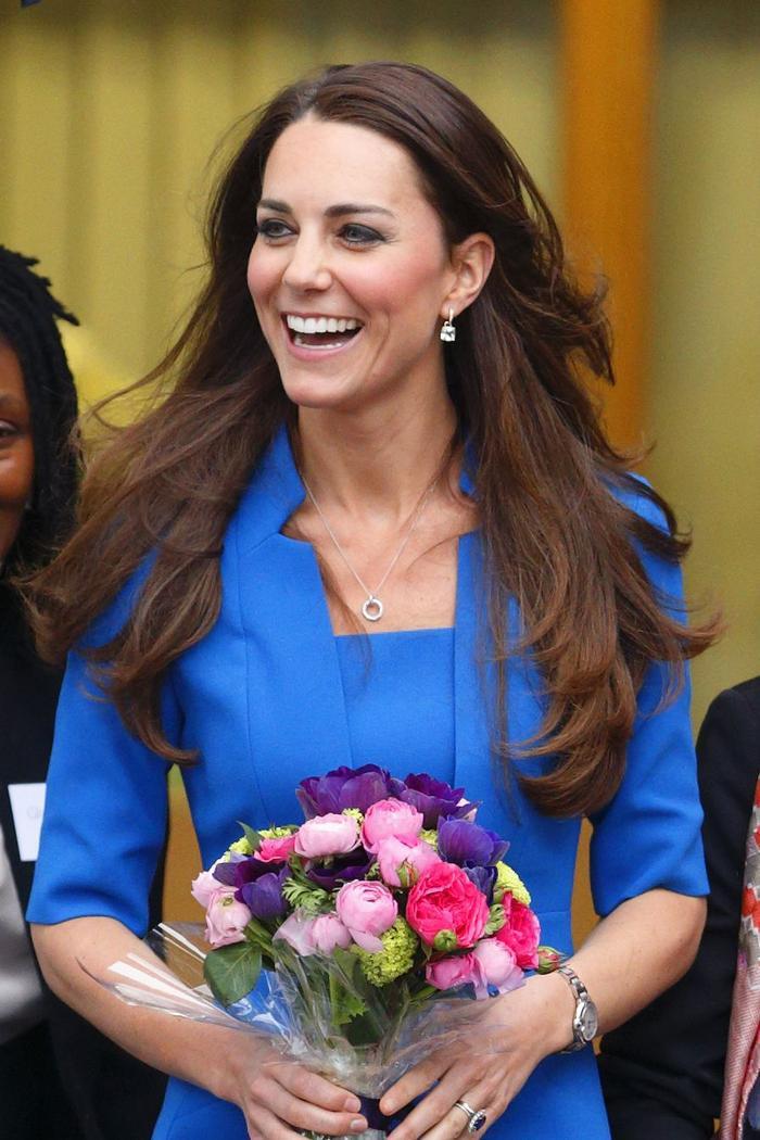 Bí ẩn tủ đồ Hoàng gia: Lóa mắt với loạt trang sức thạch anh tím của phụ nữ hoàng gia Anh Ảnh 12