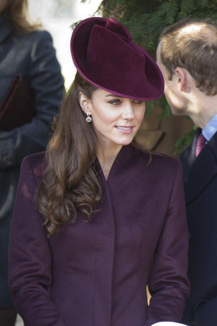 Bí ẩn tủ đồ Hoàng gia: Lóa mắt với loạt trang sức thạch anh tím của phụ nữ hoàng gia Anh Ảnh 5