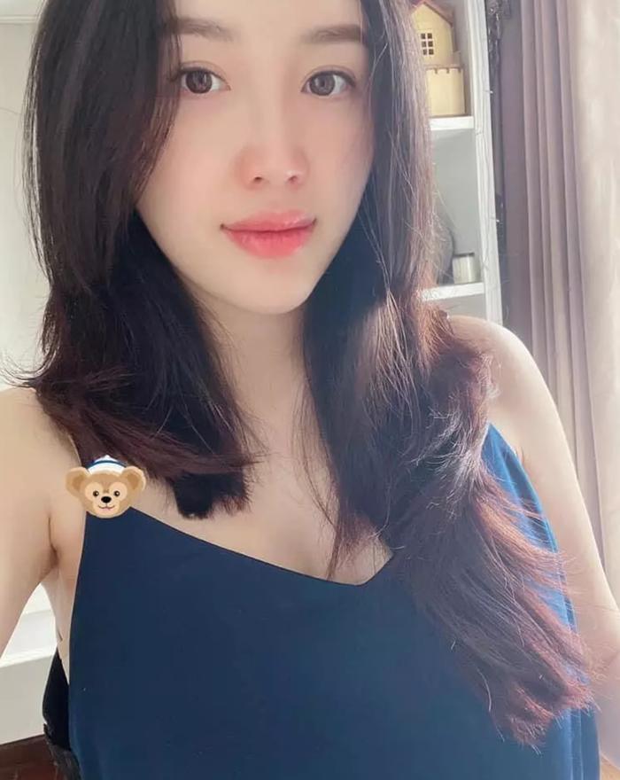 Sao Việt tự 'vung kéo' cắt tóc mùa dịch, người đẹp siêu cấp, kẻ lại trông... sai sai Ảnh 7