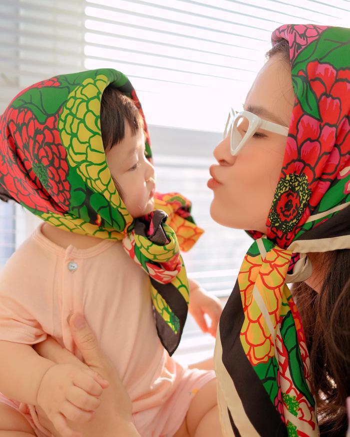 Đông Nhi 'rủ rê' Ông Cao Thắng dìm hàng con, nhưng netizen toàn bình luận khen bé Winnie vì lí do này Ảnh 3