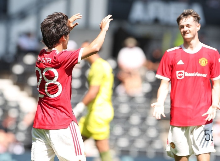 MU đánh bại đội bóng của Wayne Rooney Ảnh 3
