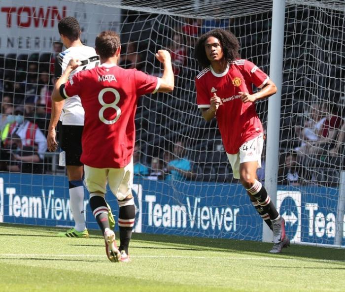 MU đánh bại đội bóng của Wayne Rooney Ảnh 2