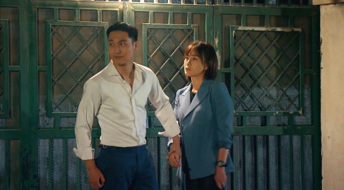 Giữa lúc tình cảm với Mạnh Trường gặp sóng gió, lộ ảnh Phương Oanh đi đu đưa cùng trai đẹp mới