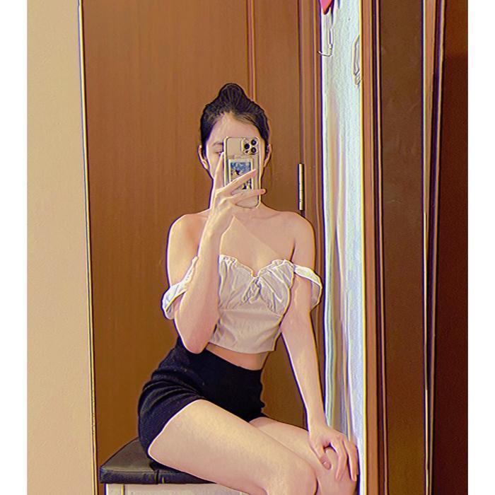 Cẩm Đan đẹp hút hồn với style giấu quần, đơn giản nhưng cực quyến rũ Ảnh 7